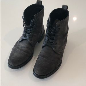 Vince Men's boots, made in Italy, size 9.5 US
